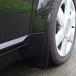 Front mud flap